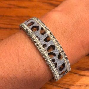 Jewelry - Faux Leopard Print Bracelet